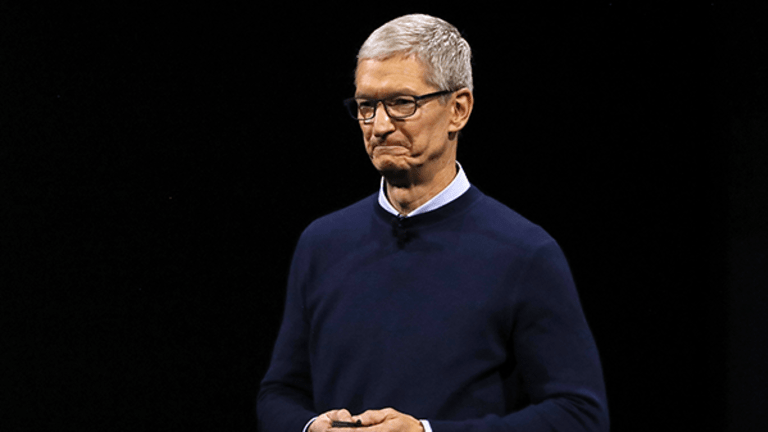 Apple Should Be Terrified By How Much Samsung Is Spending on Its Future