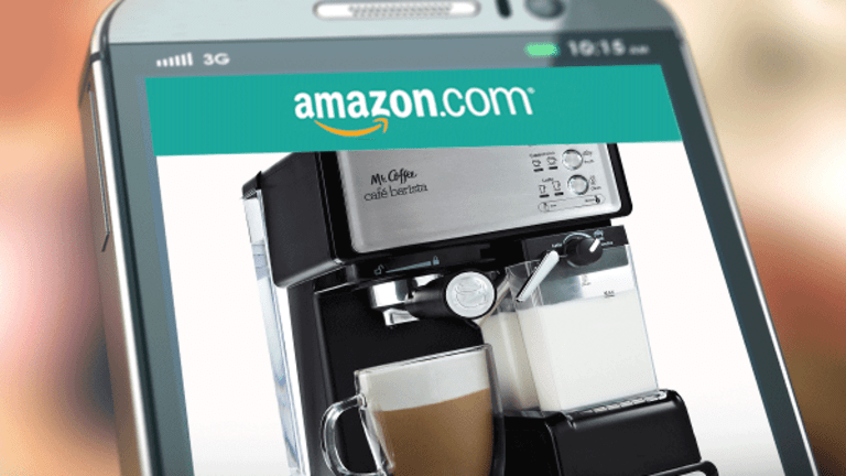 7 Techie Kitchen Gadgets That'll Make You Never Want to Leave Your House