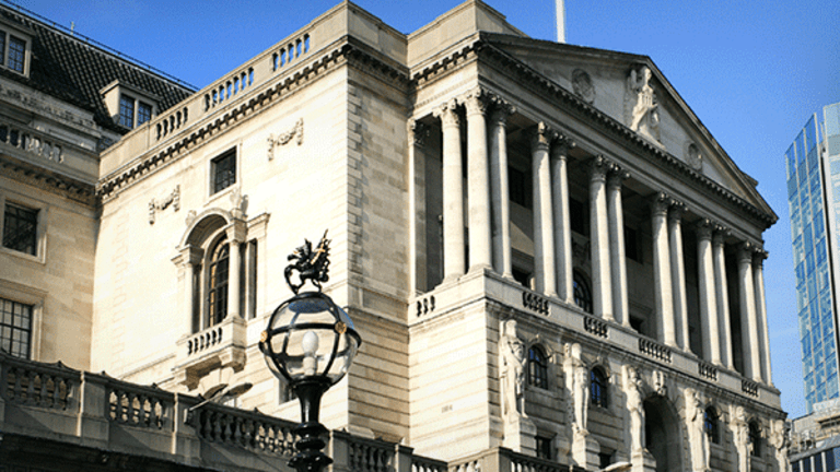 European Stocks Called Lower as Markets Await Theresa May's Italy Speech