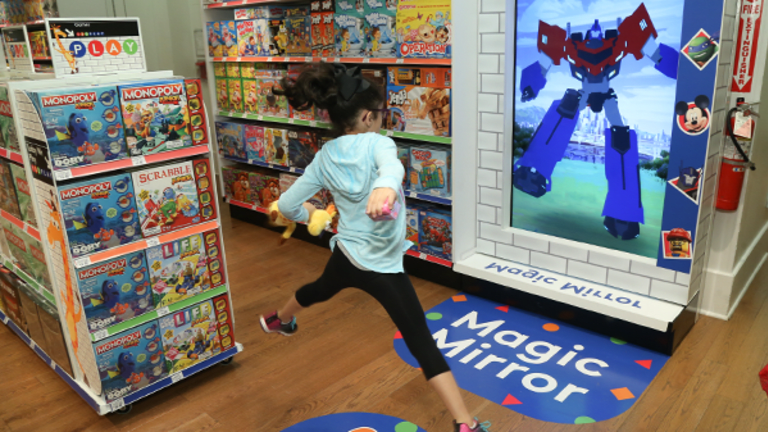 Toys 'R' Us Gets a Chance to Restructure Afforded to Few Retailers