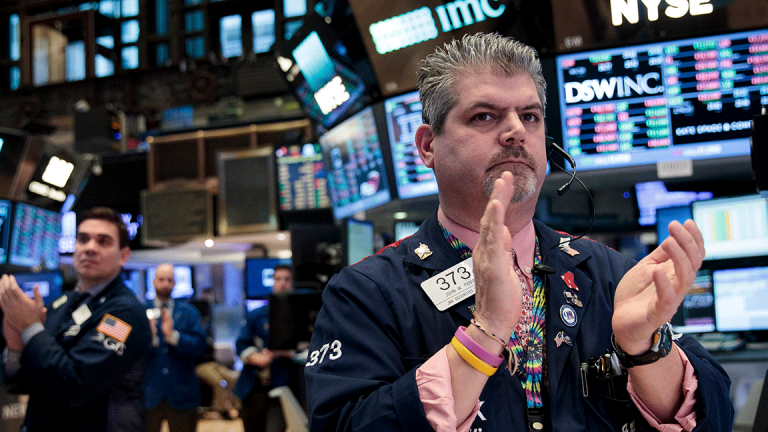 Dow Set to March Past 23,000 After IBM's Quarterly Beat