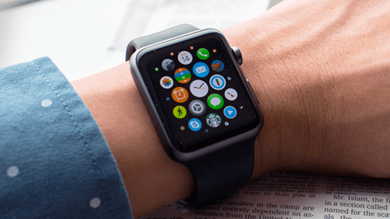 A 4G-Connected Apple Watch Makes Perfect Sense and Could Be Great for Intel