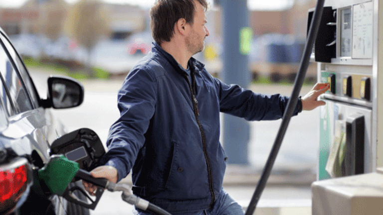 Cheaper Gas Prices Can Result in Consumers Paying More at the Pump