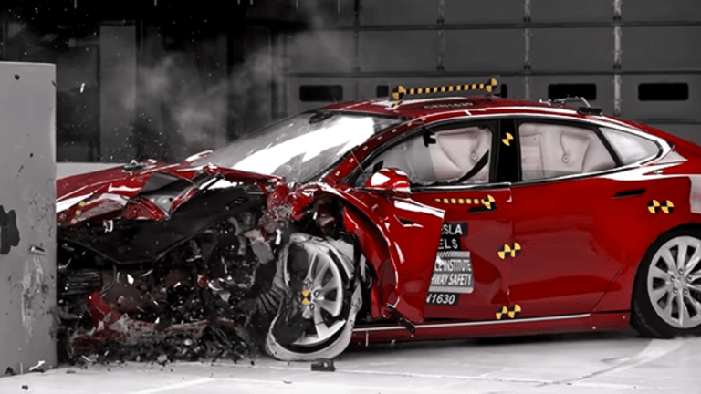 Tesla Has a Potentially Lethal Risk That Has Nothing to Do With Cars