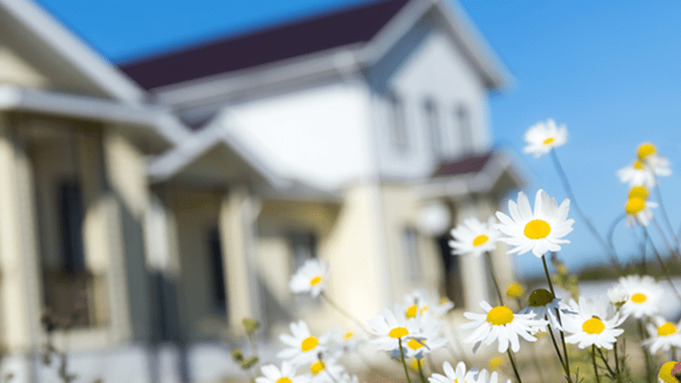 New Home Sales Plummeted In April - Bad News For Homebuyers?