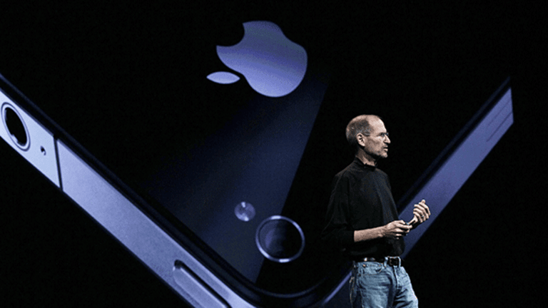 App Stores Are a Booming Business, and Apple Dominates the Market