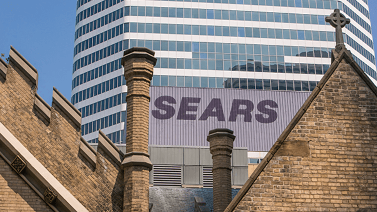 18 Big Retailers Besides Sears Canada That Have Filed Bankruptcy This Year and Are Near Death