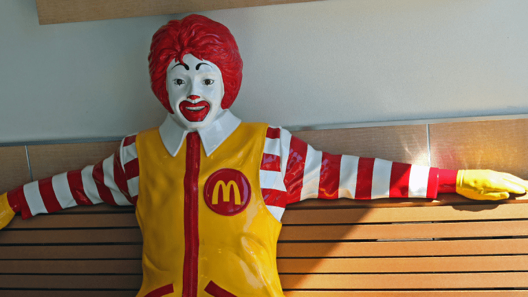 3 Fast-Food Stocks That Will Fatten Your Portfolio in 2018