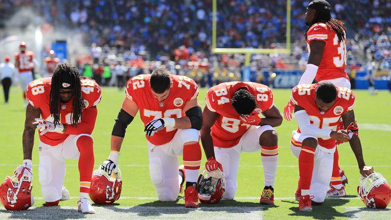 Trump Praises Cowboys' Anthem Unity, Hails 'Big Progress' in Protest Controversy