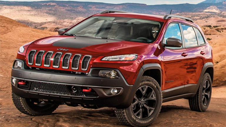 Buy Fiat Chrysler Shares Before a Splashy China Deal Hits