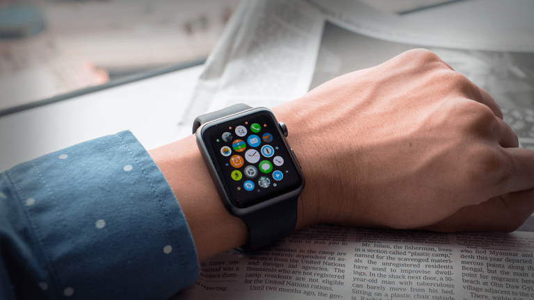 Why Former Apple CEO John Sculley Still Isn't Using an Apple Watch