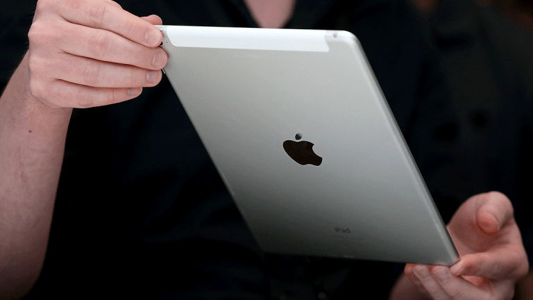 10 Best Black Friday Tech Deals From Apple, Amazon, Best Buy, Walmart and More
