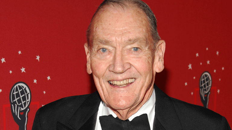 "The Stock Market Is ""Fully Valued,"" Says Vanguard's Jack Bogle"