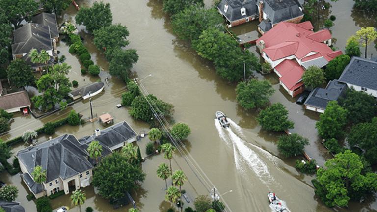D.R. Horton Stock Tumbles as Cash Flow Forecast Slashed Due to Hurricane Damage