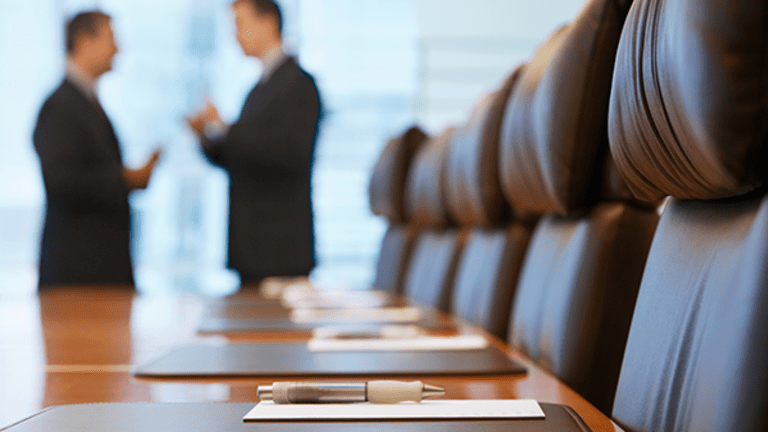Women Underrepresented in Corporate Pipeline Amid Signs Diversity Aids Performance