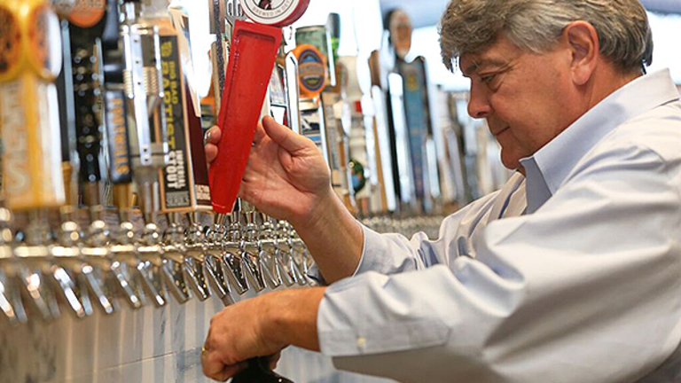 Sorry Budweiser, but This New Craft Beer Bar Concept Is Sweeping Across the Country