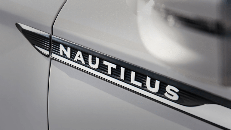 Here's the All-New 2019 Lincoln Nautilus