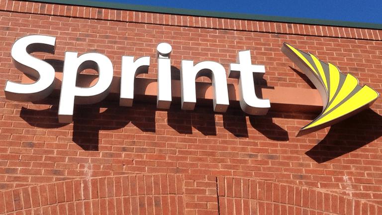 Sprint Plunges in Premarket After T-Mobile Merger Talks Collapse
