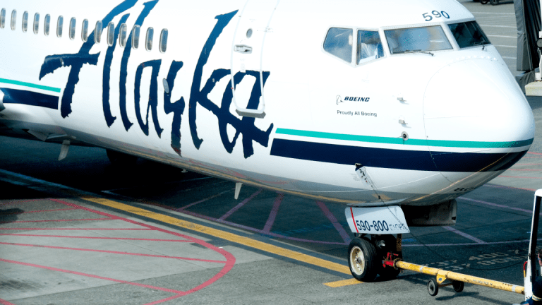 United, Alaska and JetBlue Shares Pay a Price After Stock Analyst Grilling