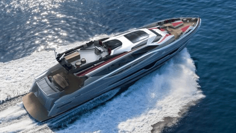 Live Like a Superstar, 10 Luxurious Yachts You Can Charter