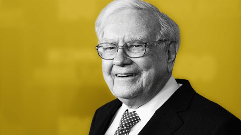 Warren Buffett's Best Birthday Gift? Knowing He's Kicking Amazon's Butt