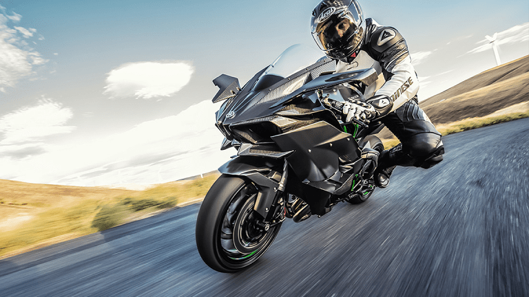 Kawasaki Ninja H2R: Is it Enough to Excite Die-Hard Enthusiasts?
