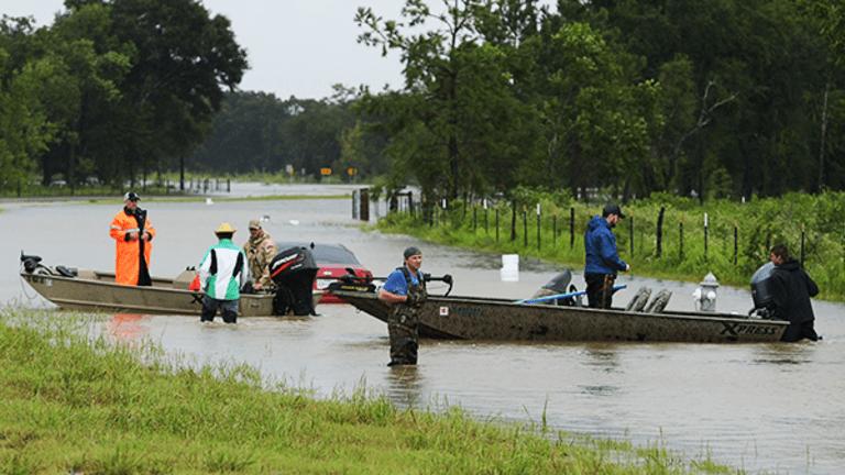 Energy Stock Selloff Continues as Harvey Dumps Rain and Wind on Texas