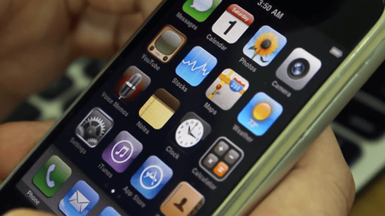 Apple's iPhone Pro to Cost $1,100, JPMorgan Says