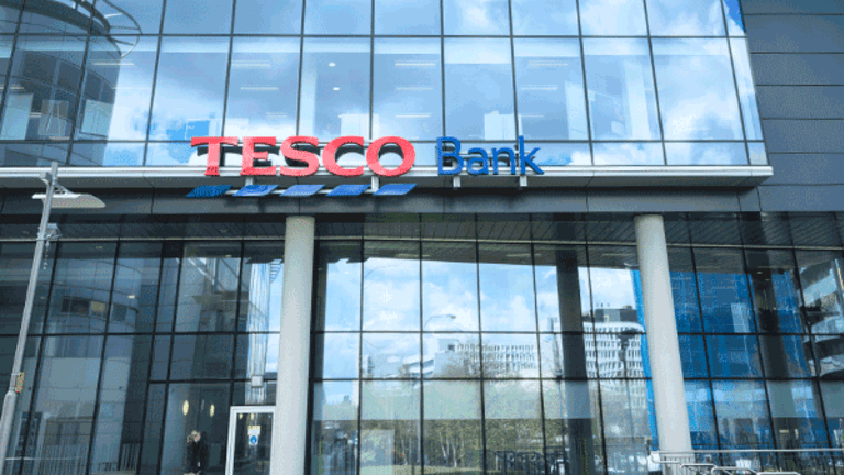 Lloyds, Barclays, NatWest and HSBC share price set to slide without dividend | IG UK