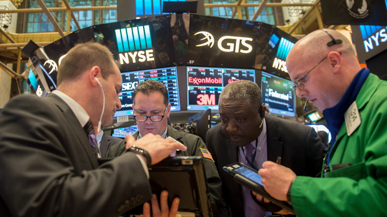Stocks Close Higher as Wall Street Dissects New Tax Laws