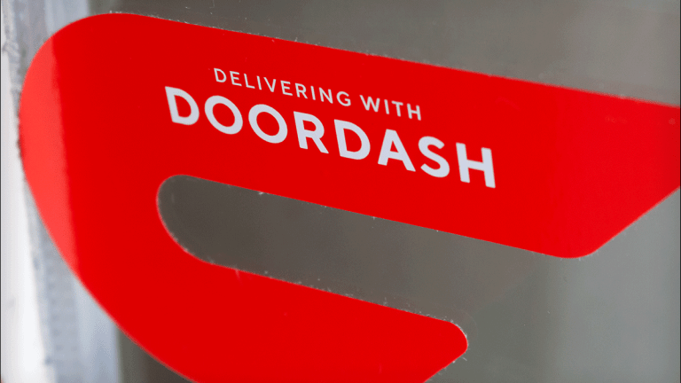 DoorDash Considers Direct Listing Instead of Traditional IPO - Report