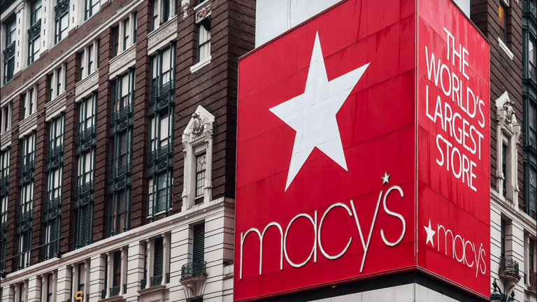 Macy's Slides After Goldman Lowers Rating to Sell Following 2019 Guidance Cut