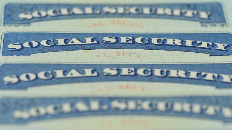Ask Bob: Will My Social Security Change Much if I Work 8 More Years For Less Pay