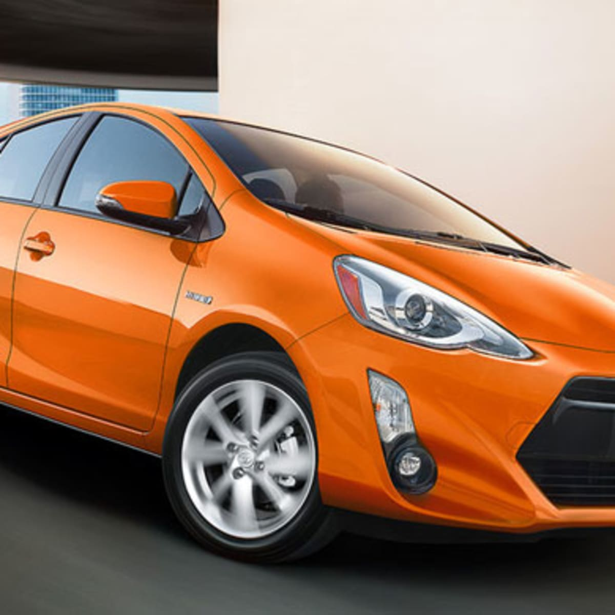 7 Hybrid Vehicles That Get 40 Mpg Or Better Without A Plug Thestreet