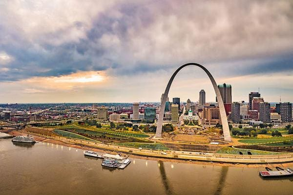 Cheapest State: 1. Missouri (tied with Michigan)Average home value: $161,600Value of a dollar: $1.12Violent crime per 100,000: 519Average annual temperature: 54.5 FWellness Rank: 27 (out of 50 states)Photo: Shutterstock