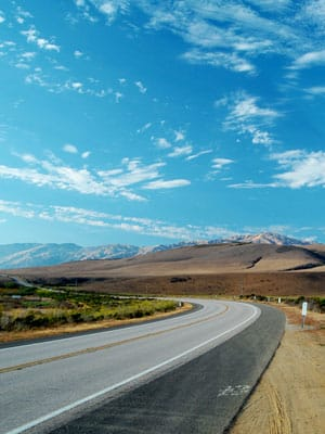 You might not have room in your budget for a plane ticket to Europe or a fancy hotel stay, but there are plenty of U.S. destinations reachable by car for adventurous types itching to hit the road. And your ultimate destination isn't the only place of interest. There are plenty of sights to see along the way. Here are some of the best American road trips to consider this summer and beyond, whether you're interested in scenery and national parks or beer, bourbon and barbecue. Photo Credit: .Bala