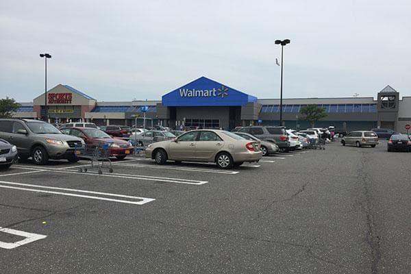 Walmart's U.S. sales are increasing, but they aren't red-hot. U.S. same-store sales rose 1.4% in the first quarter, driven by a 1.5% traffic increase. The addition of Whole Foods could boost those sales.