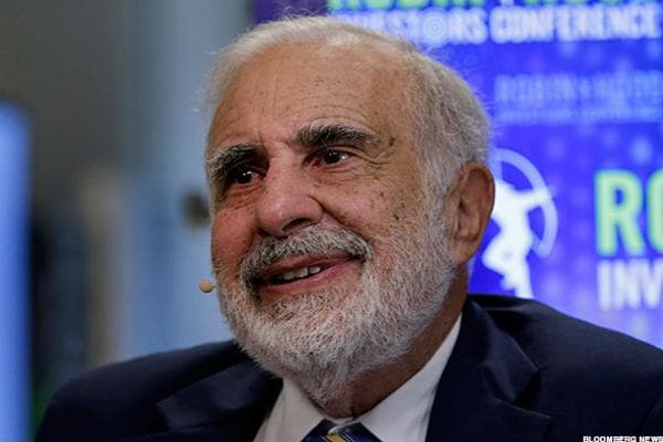 """Activist investor and financier Carl Icahn stepped down on Friday, Aug. 18, from his informal advisory role to President Donald Trump, which Icahn announced in a pair of tweets.Icahn tweeted that he """"with President Trump's blessing, I ceased to act as special advisor to the President on issues relating to regulatory reform."""""""