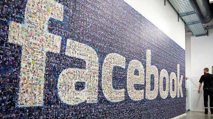 1. Facebook(media)2019 brand value: $83.2 billion5-year brand value increase: 747%Ranking worldwide: 5