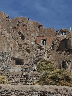 People all over the world have lived in cave dwellings for millennia, and do to this day – in China, the American Southwest, France, Spain, Turkey, and Iran (to name just a few).And it is no wonder, since caves arecool in the summer, warm in the winter, offergreat protection from the elements and have fewer building-material expenses. There are challenges too – lack of light and damp air – but these have been largely solved in the modern troglodyte lifestyle. Here is our underground roundup of a few cave homesavailable for sale internationally. Photo Credit: Ensie & Matthias