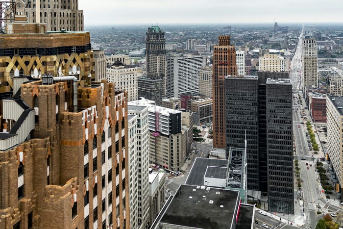Score: 100/100Detroit has the highest share of population with chronic kidney disease, obesity, hypertension, COPD, asthma and diabetes, and the second highest with cardiovascular disease.