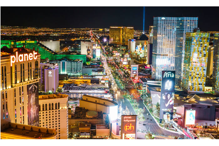 Credit score rank: 14 (of 100 cities)People with accounts in distress rank: 5 (of 100 cities)Bankruptcy filings increase rank: 41 (of 100 cities)With the No. 1 ranking, Las Vegas, with its tourist-based economy, appears to be the most financially distressed, according to WalletHub.