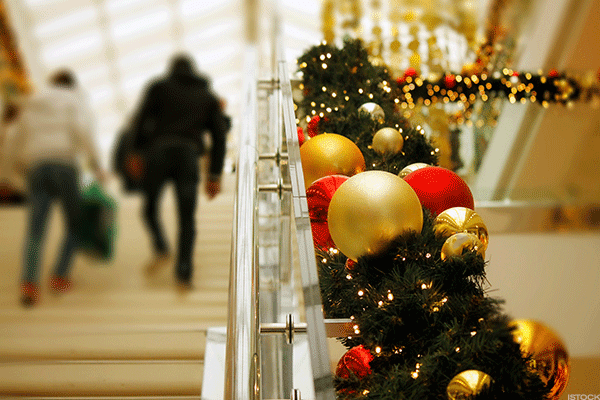 December 21Smell that? No, it isn't peppermint, egg nog, blue spruce or chestnuts roasting on an open fire: it's desperation.The people who shop on this day are the people who think they're getting to the stores for last-minute gifts ahead of the real slackers. They're the ones who know that they won't get free shipping, can't guarantee that an Amazon Prime order will arrive on time and don't want to pay extra for priority shipping. These are people running out of options, and they're dangerous around this time of year. If you're shopping for the same 4K television that they are, heaven help you.