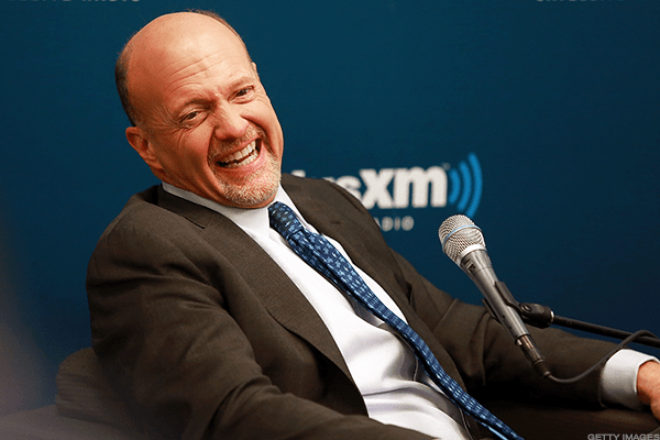 No list shouldstart without TheStreet's own Jim Cramer (@jimcramer).After working at Goldman Sachs and then foundinghis own hedge fund, Cramer, with his more than 1 million followers, gives investing advice for all the world to see, trying to help anyone who asks for it.When he's not tweeting about stocks, Cramer is an avid Philadelphia Eagles fan and has something of a green thumb, talking about his vegetable garden.
