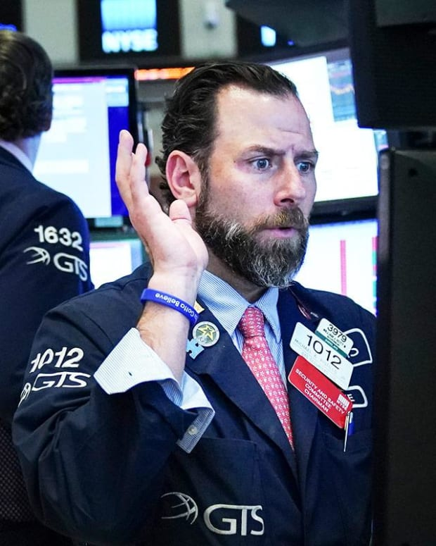 Dow Futures Plunge as China Hits Back With Tariff Hit as Trump Pushes Trade Case