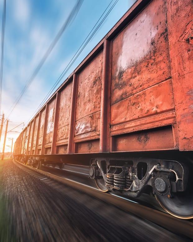 Railcar Maker Greenbrier Reduces Fiscal-Year Guidance