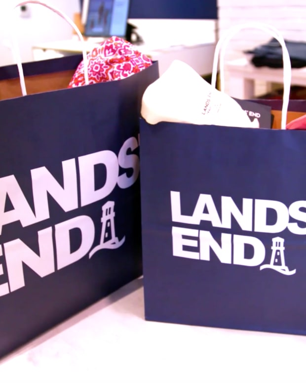 Lands' End Fiscal Fourth-Quarter Profit Beats Estimates