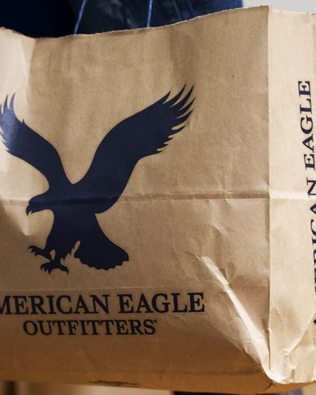 American Eagle Tops Q4 Earnings Estimate But Guides for Slower Start to 2019