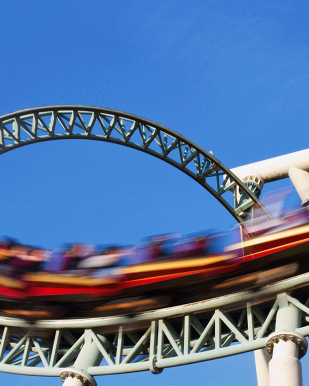 Six Flags Bids for Peer Theme-Park Operator Cedar Fair: Report