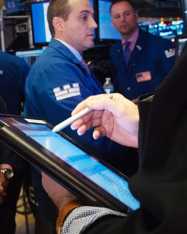 Stocks Up as Trade Talk Progress Allows Wall Street to Look Past Growth Worries